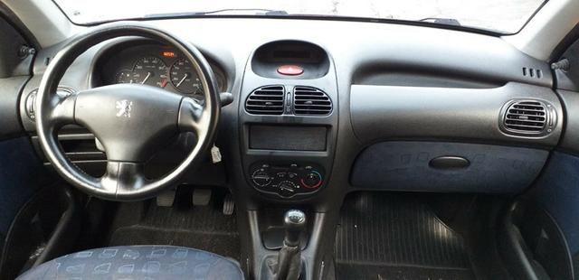 Peugeot 2004 completo financiamento com score baixo - Foto 4