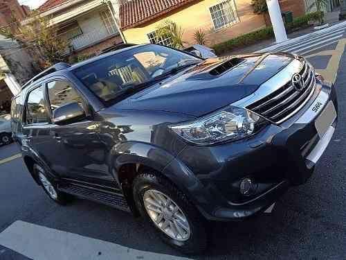 Toyota Hilux 3.0 SRV 4X4 - Foto 6