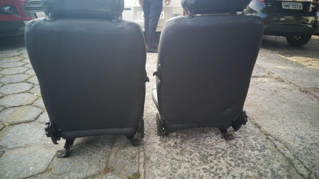 Banco dianteiros de Fiat 147 - Foto 4