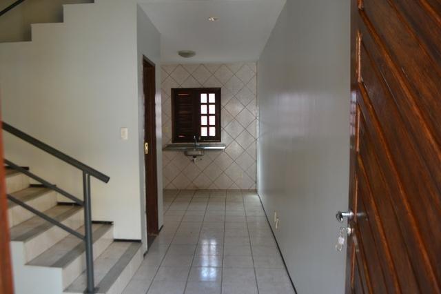 Casa em condomínio para locação em uma localização privilegiada do bairro Lagoa Seca - Foto 2