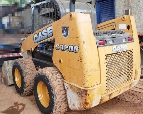 Mini Carregadeira Case SR200 - Ano 2012 - Foto 2