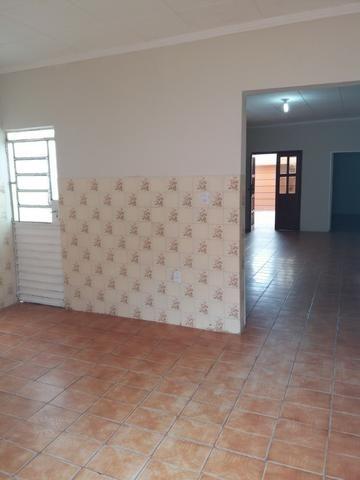Vende-se casa bem localizada - Foto 9
