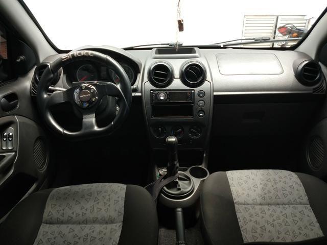 Ford Fiesta Sedan 1.6 Completo - 2012 - Foto 9