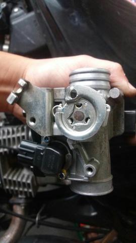 Corpo de injeção da mix Honda