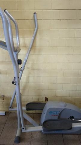 Bicicleta ergométrica e um aparelho act! home fitness caloi - Foto 4