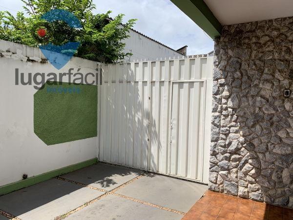 Casa sobrado com 4 quartos - Bairro Cidade Jardim em Goiânia - Foto 4