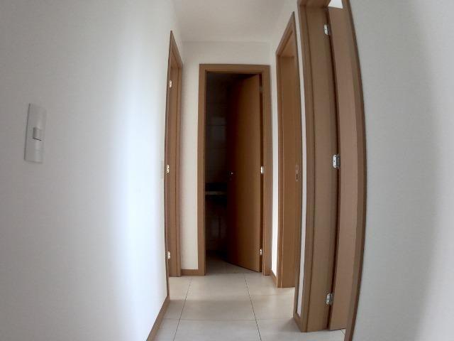 APM-09-Apartamento com Excelente Quintal Próximo ao Centro Comercial de Laranjeiras - Foto 7