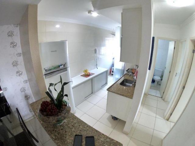 Apartamento de 2 quartos no Ilha Bela no miolo de Colina de Laranjeiras WK548