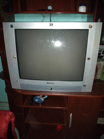 Duas tv's uma de tubo e uma smart tv - Foto 2