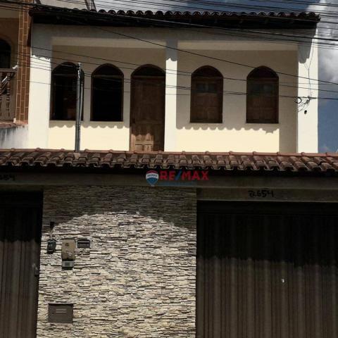 Casa com 4 dormitórios à venda, 245 m² por R$ 420.000 - Brasil - Vitória da Conquista/Bahi