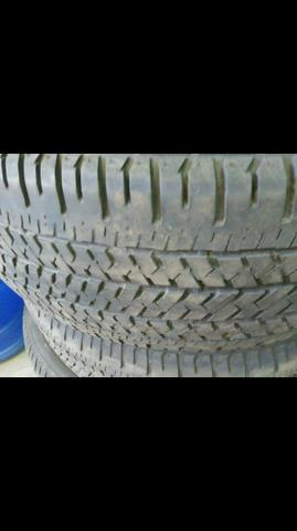 Pneu 225-60-18 Bridgestone