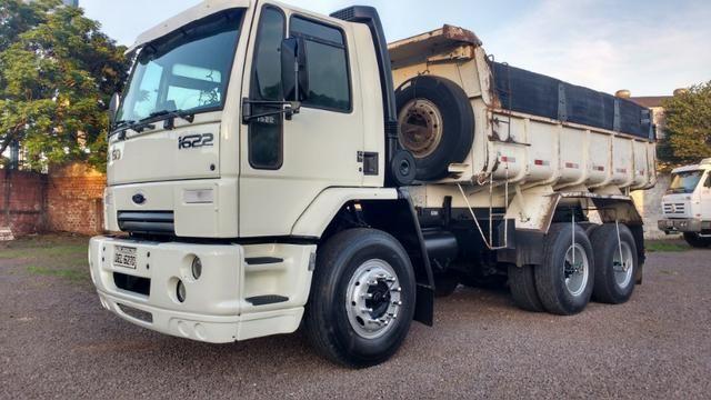 Ford Cargo 1622 truck 6x2 com caçamba Rosseti 10m3 unico dono
