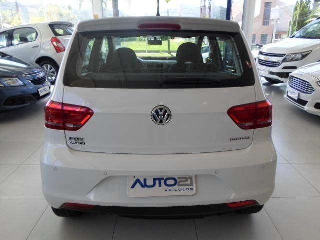 VW Fox 1.6 Comfotline I-motin - impecável - Foto 4