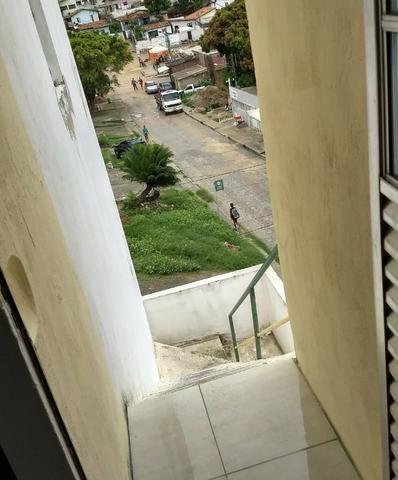 Alugo casa 1º andar nos Bultrins em Olinda - Foto 2