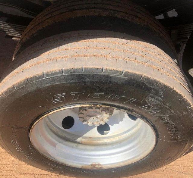 caminhao ford cargo 816 basculante 2013 - Foto 4