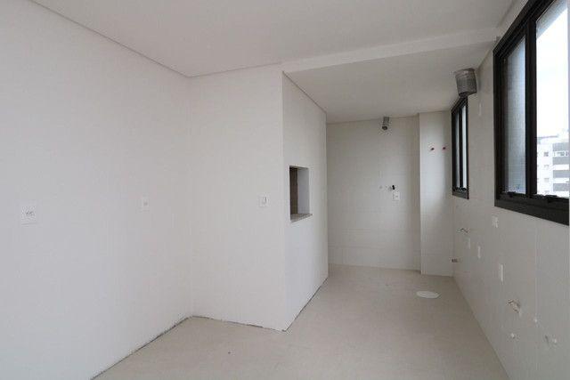 Apartamento 3 dormitórios próximo as 4 praças - Foto 6