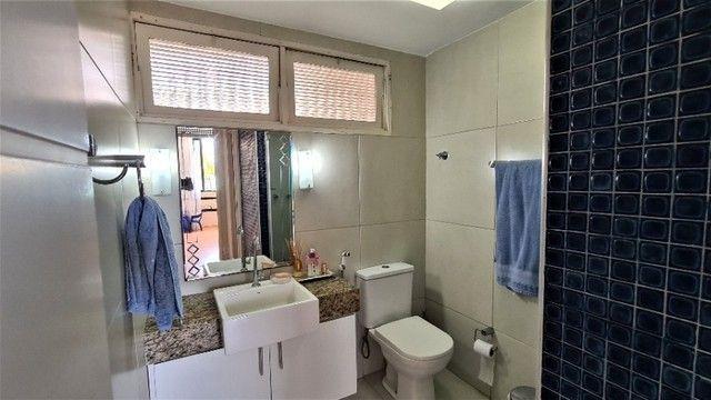 Lindo 3 quartos à beira mar de Pajuçara - Foto 12