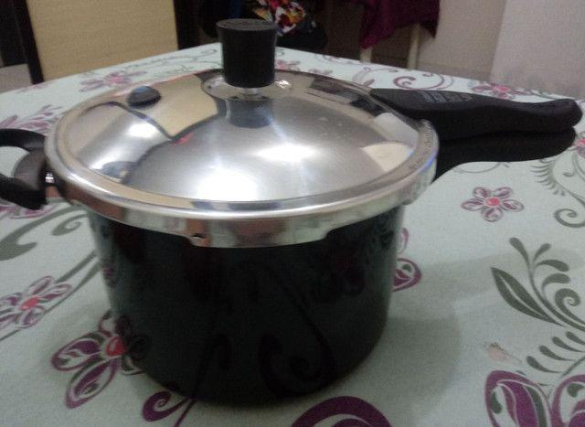 Panela de pressão 4,5 litros - Foto 3