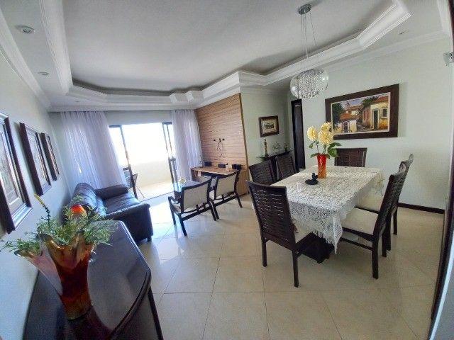 Apartamento de 3/4 no Jardim Armação - Edf. Lagoa dos Frades