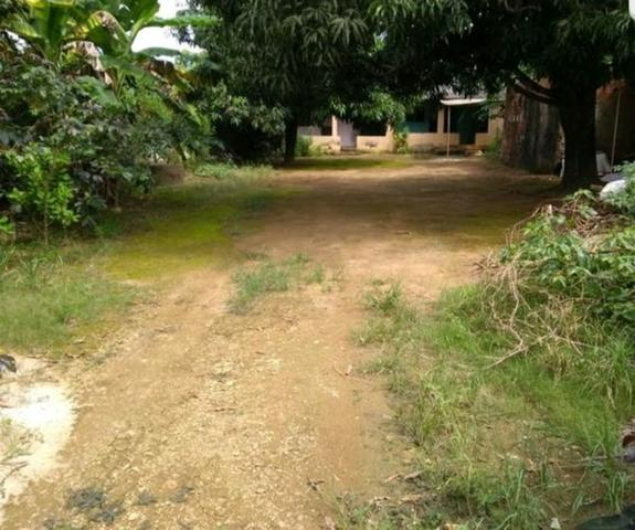 Vendo ou troco casa no Santo Antonio/GO de 700m²