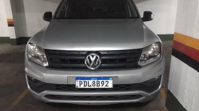 VW Amarok cab dupla - baixa km - modelo novo - manual e chave reserva - Foto 9