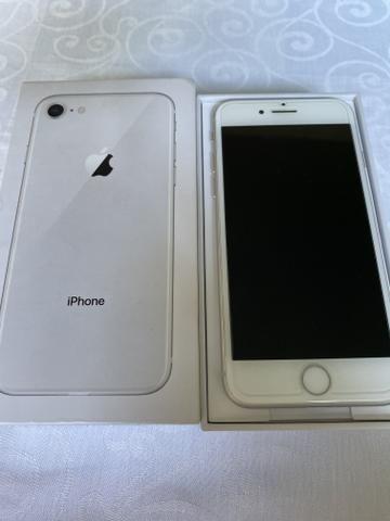 IPhone 8 64gb branco! Caixa! Garantia! Sair hoje