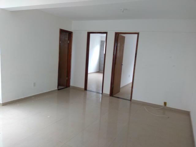 ALugo ao de 2qts sala conzinha com garagem 1.000.00reais - Foto 5