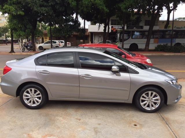 Honda civic 2.0 lxr flex one 13/14 - Foto 2