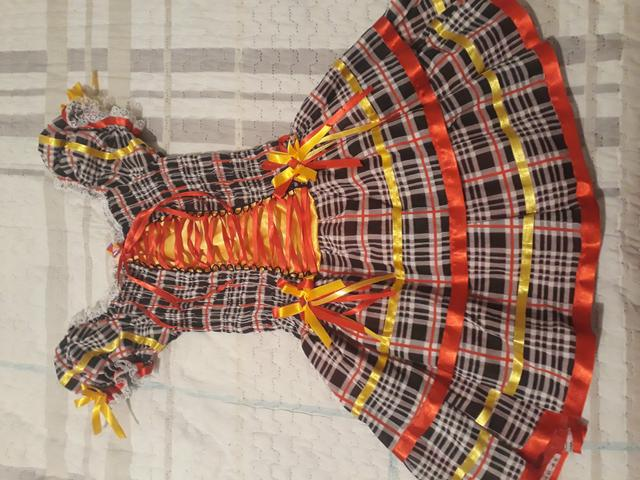 Vestido caipira com tiara - Foto 3