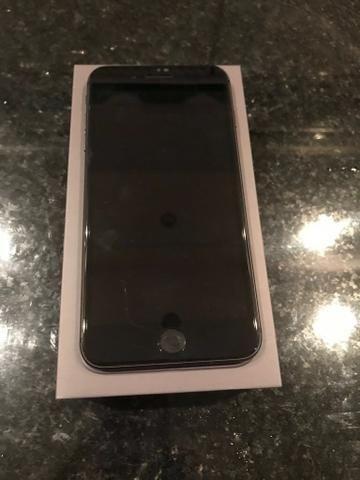 IPhone 8 Plus 64gb e 10x no cartão