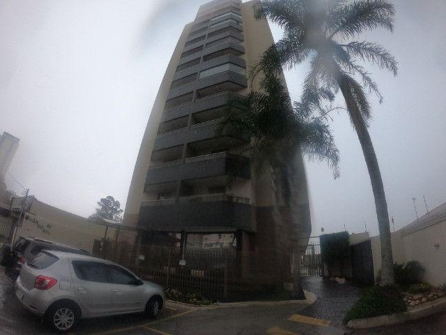 Apartamento a Venda Ed. Por do Sol, Centro de SJC   Ideal para quem procura um bom apto!