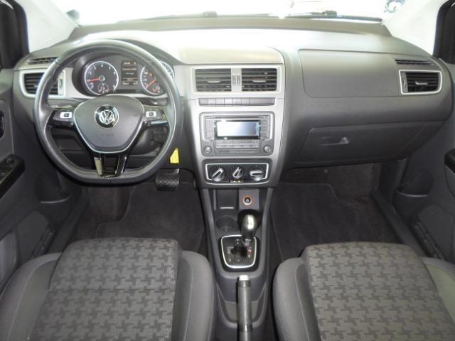 VW Fox 1.6 Comfotline I-motin - impecável - Foto 7