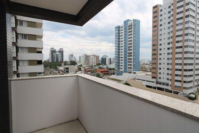 Apartamento 3 dormitórios próximo as 4 praças - Foto 8