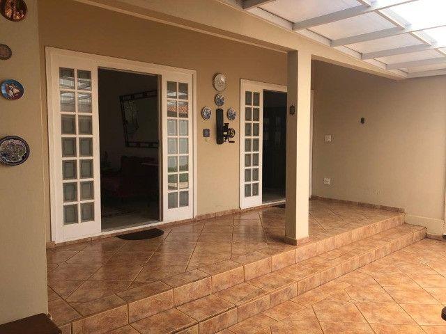 Residência construída em 700 M2 de terreno com piscina em Araras-SP - Foto 3