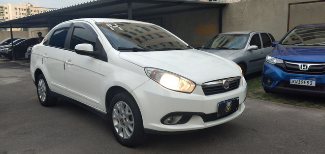 FIAT GRAN SIENA 2014 COM GNV 27.900