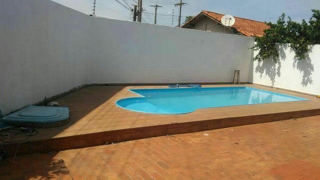 Linda Casa Condomínio Darci Ribeiro Cidade Morena com Piscina com 500M²