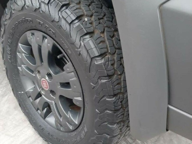 Fiat Strada CE 1.8 Adventure 2012 - Foto 10