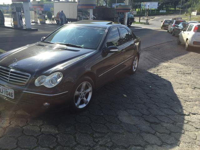 Mercedes Benz   C230 AVANTGARDE