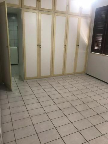 Casa no Bairro Sapiranga com 526 m² ,13 quartos,piscina e deck - Foto 19