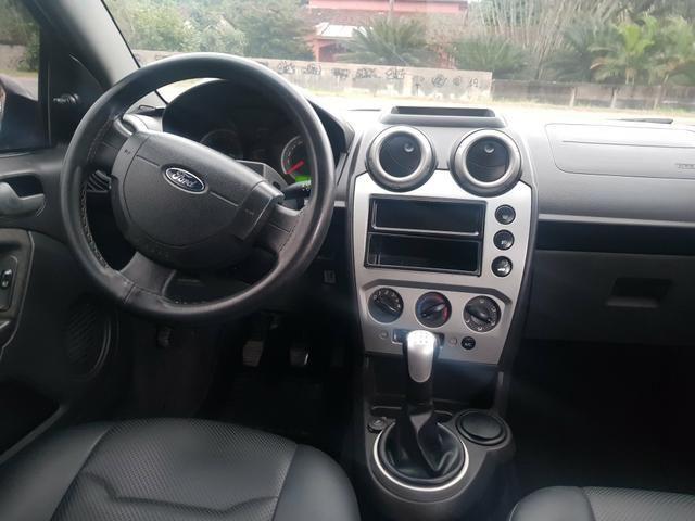 Ford Fiesta 1.6 completo com gnv - Foto 8