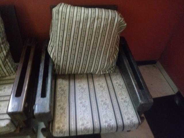 Conjunto de sofá de 3 lugares e 1 poltrona - Foto 2