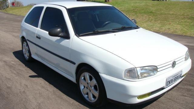 VW Gol 1.6 AP 1997 com direção hidráulica - Foto 5