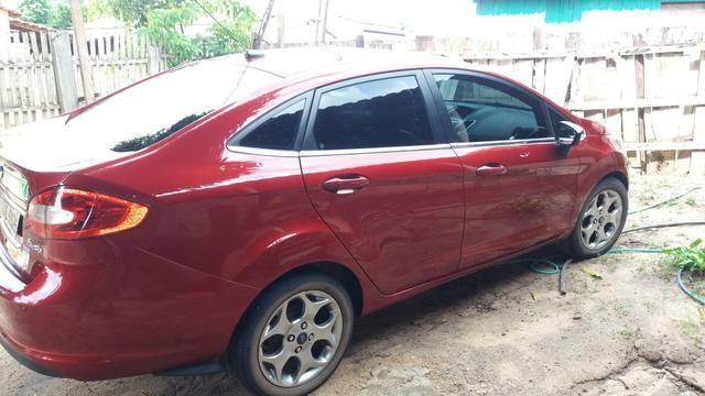 New Fiesta Sedan - Foto 2