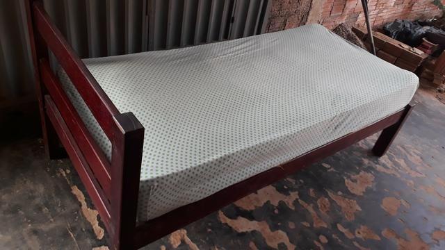 Vende-se uma cama de solteirão só 170 reais - Foto 2