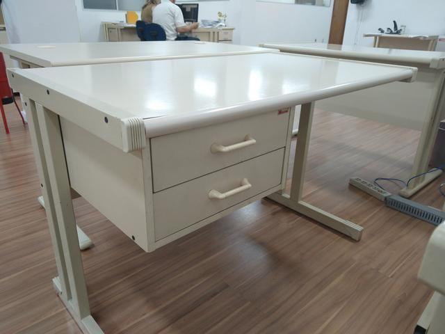 Venda de mesas usadas - Foto 2
