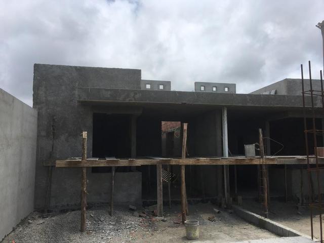 Casas 3 dormitórios, piscina e churrasqueira - Foto 8