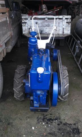 Tobata tr8 com carreta rotativa e roçadeira - Foto 2