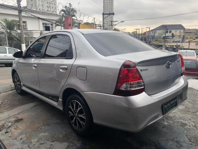 Toyota Etios Sedan Platinum 1.5 (Aut) (Flex) - Foto 4