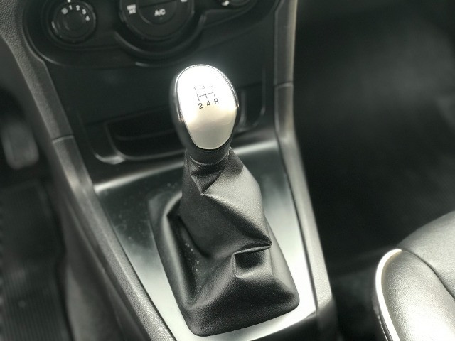 Ford - Fiesta 1.6 Se Hatch 2012 - Foto 8