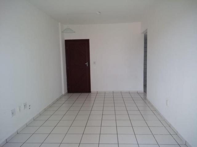 Apartamento com 2 dormitórios à venda, 55 m² por R$ 180.000 - Capim Macio - Natal/RN